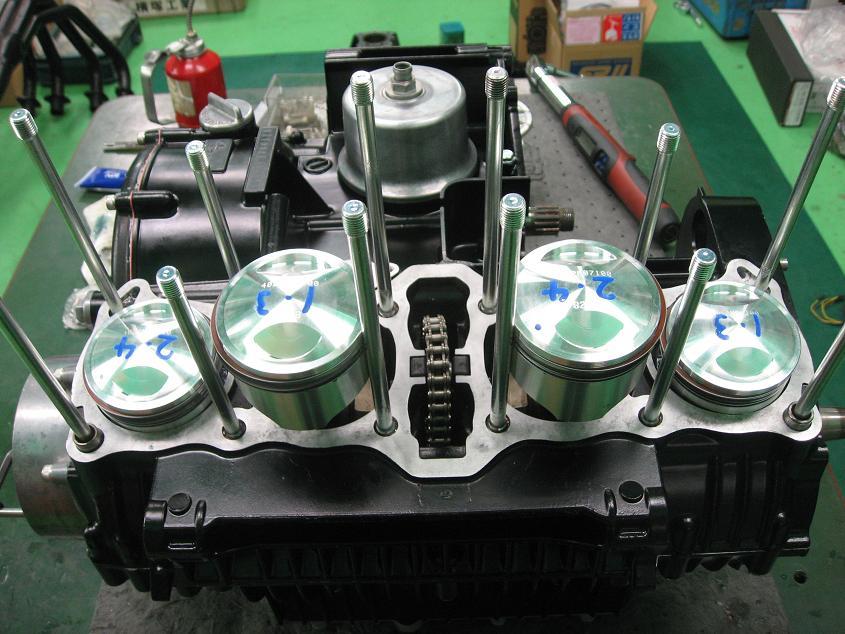 MK-2 エンジン 其の2!!!_f0231916_2353436.jpg