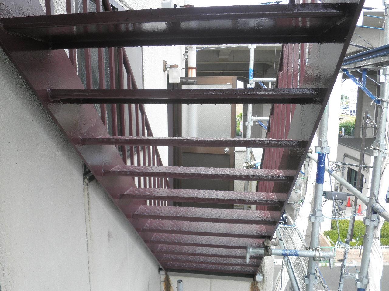 外部階段塗装②-3_e0164638_14534826.jpg