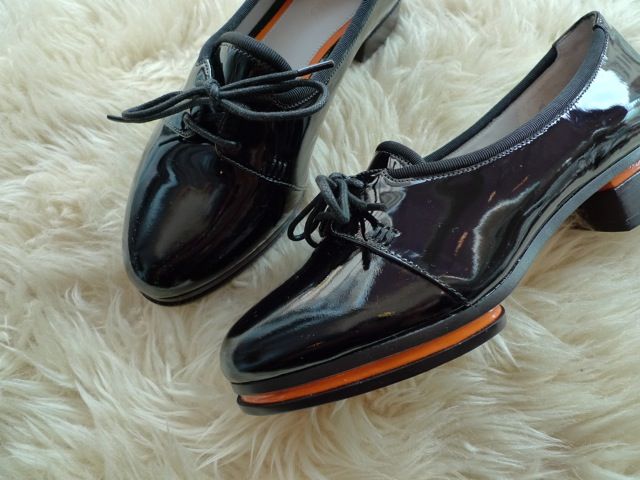 JASON WU TERESE BROGUES SHOES PATENT BLACK 再入荷_f0111683_1521988.jpg