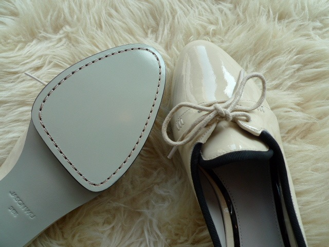 JASON WU TERESE BROGUES SHOES PATENT IVORY 再入荷_f0111683_15324647.jpg