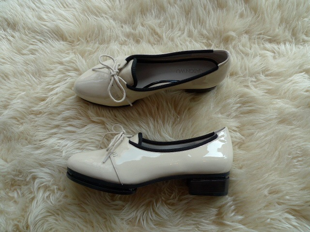JASON WU TERESE BROGUES SHOES PATENT IVORY 再入荷_f0111683_15332274.jpg