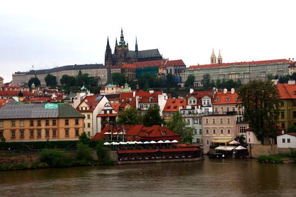 中世の町並みを今に残す建築の博物館_a0113718_17583363.jpg