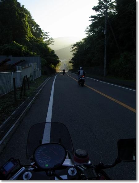 もう秋の気配?、今日はバイクの日。_c0147448_16254779.jpg