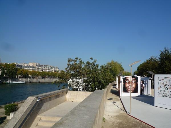 パリ : ケ・ブランリ美術館 Musée du quai Branly の非ヨーロッパ写真家展「フォトケ PHOTOQUAI」_e0152073_12553024.jpg
