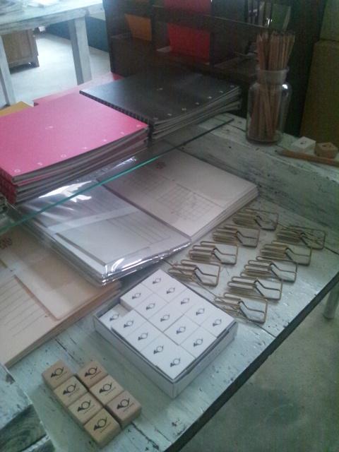 テーブルをもう1つ作った日のこと_c0246783_2155839.jpg