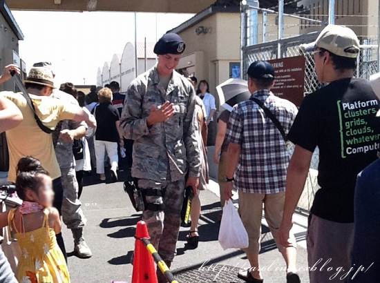 「日米友好祭2012」 ちゃる散歩@在日米軍横田基地_d0025294_21374559.jpg