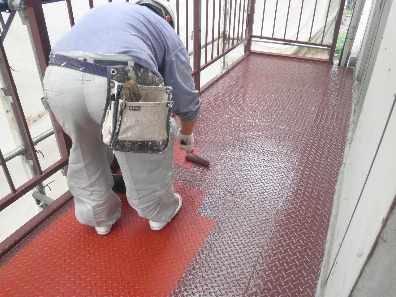 外部階段塗装②-5_e0164638_16283466.jpg