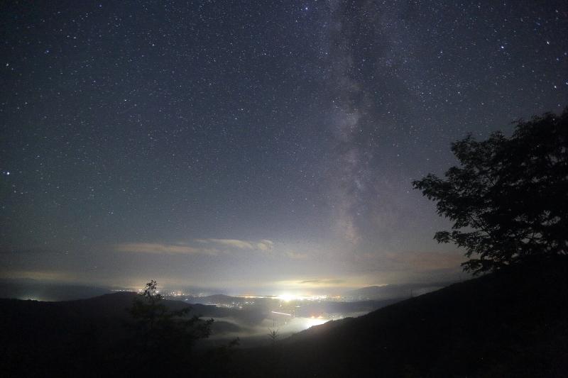 ペルセウス流星群の夜_e0183063_17154980.jpg