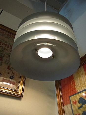 pendant lamp_c0139773_1801117.jpg