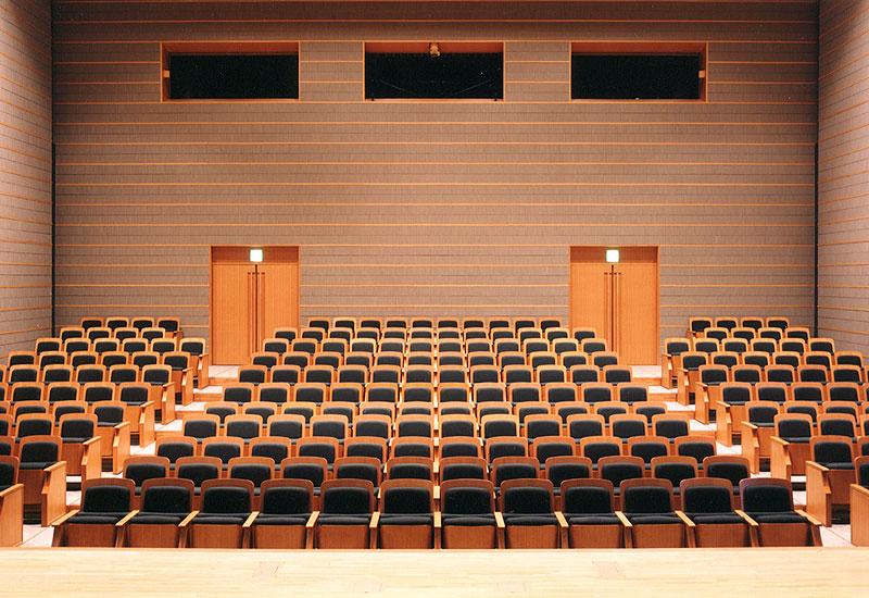 音楽ホール探索4 三鷹芸術文化会館「星のホール」_d0027290_5502633.jpg