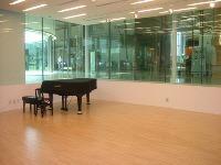 音楽ホール探訪6 石巻市 こもれびの降る丘 「遊楽館」_d0027290_614479.jpg