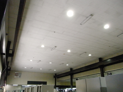 水銀灯からLED灯へ_c0193896_1722521.jpg