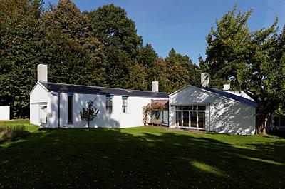 SADI定例講演会「フィン・ユールの建築と家具のデザイン」_b0149621_9103838.jpg