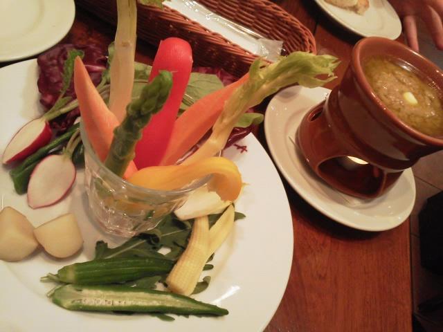 そとでお食事withムスメ@ラ・ベットラ・ダ・オチアイ♪_d0219834_22534026.jpg