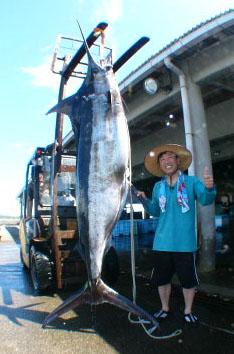 志摩沖 ハナパーSFさんから画像が届きました。【カジキ・マグロトローリング】_f0009039_9254311.jpg