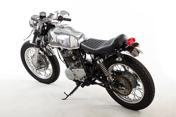 Yamaha SR400 Custom No.13_e0182444_20481247.jpg