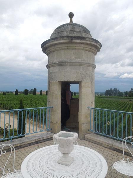 chateau balestard la tonnelle_a0262845_13101115.jpg