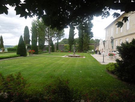 chateau balestard la tonnelle_a0262845_139273.jpg