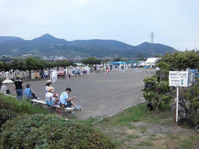 暑いけど不安定な天気の中で行なわれた富士市ジュニアゲートボール大会_f0141310_7365475.jpg