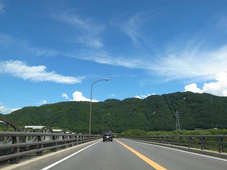 水曜日の青空_a0014840_21443713.jpg