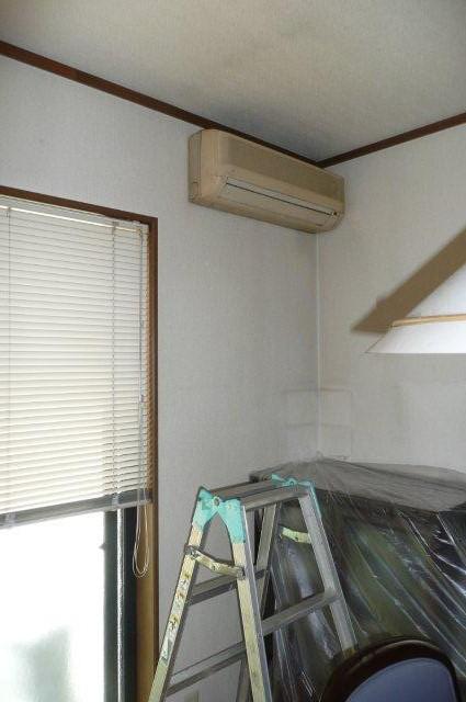 隠蔽配管仕様 2室マルチエアコンの入替(東京都武蔵野市)_e0207151_18335672.jpg