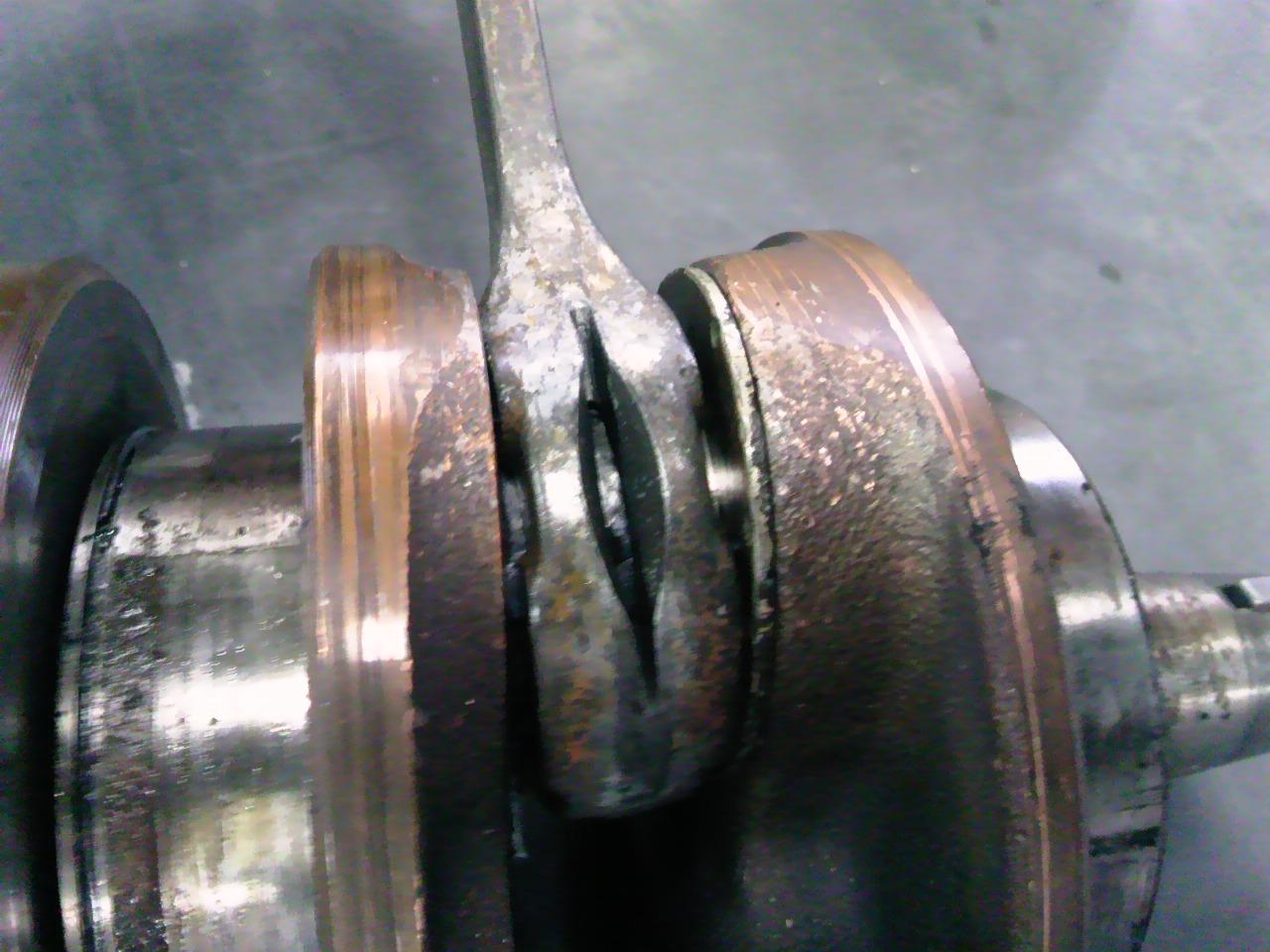 NSR250エンジン分解!_e0114857_11192765.jpg