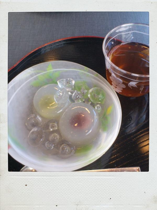今年もようこそ岐阜へ! その2 水の都で水饅頭を食らう_b0065587_1744111.jpg