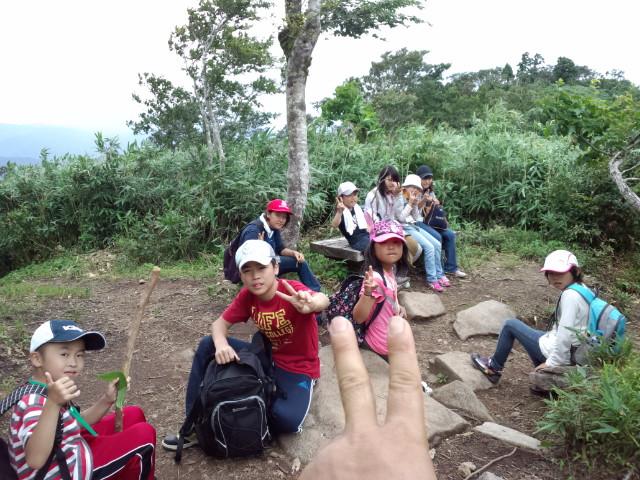 サマーキャンプ 3日目! ( 氷ノ山登山しました )_f0101226_1410247.jpg