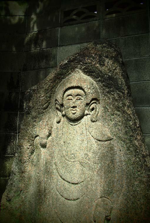 善導寺の石仏-Ⅳ                  京都市・中京区_d0149245_2324959.jpg