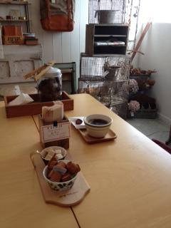 アイアン雑貨と本日のoneday cafe。_a0164280_22302454.jpg