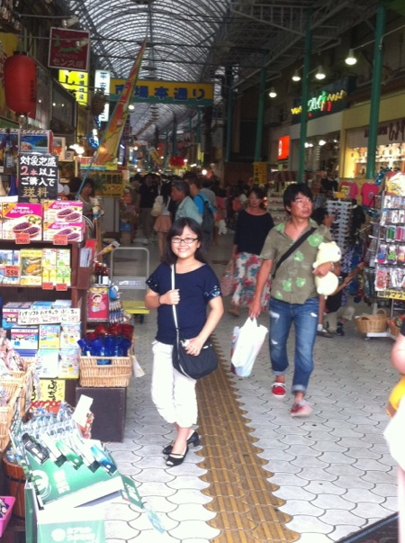 沖縄そばと、国際通りそぞろ歩き♪_f0141419_8215417.jpg