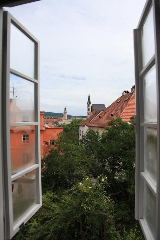 チェスキークルムロフの町並みが見えるホテル_c0187779_72026.jpg
