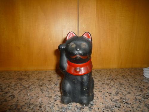招き猫_d0251191_21443711.jpg
