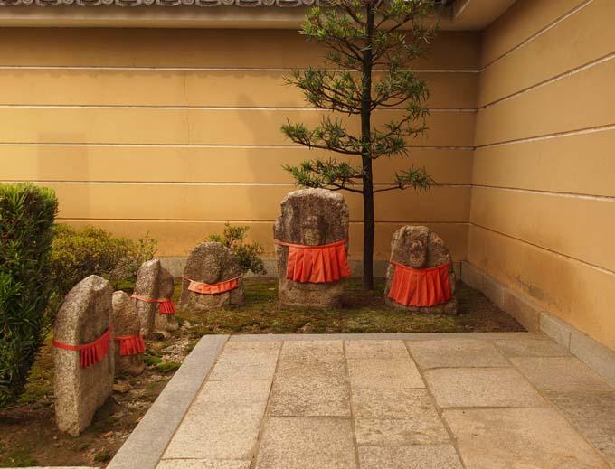 壬生寺の石仏-Ⅱ                   京都市・中京区_d0149245_2313214.jpg