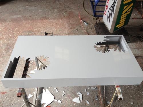 LEDの看板を製作しました。_b0152079_17253522.jpg
