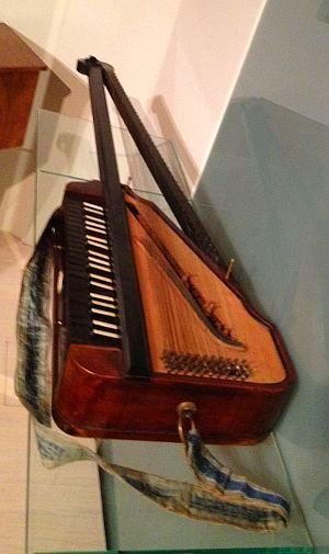 チェコ国立楽器博物館_a0163788_22113764.jpg