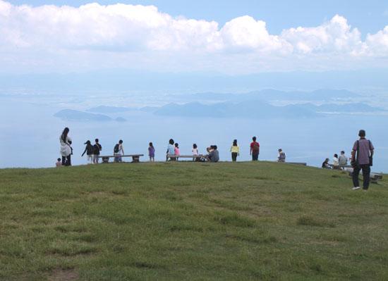 琵琶湖バレーで避暑_e0048413_19592640.jpg