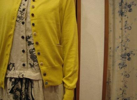 キャベジズ&ローゼスから定番のワンピースとスカートです。_c0227633_13554195.jpg