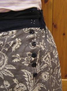キャベジズ&ローゼスから定番のワンピースとスカートです。_c0227633_1414181.jpg