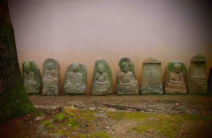 壬生寺の石仏-Ⅲ                   京都市・中京区_d0149245_1065695.jpg