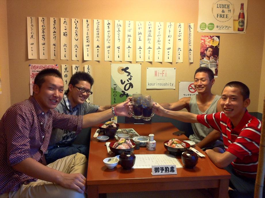 そして海鮮丼_c0110051_8265452.jpg