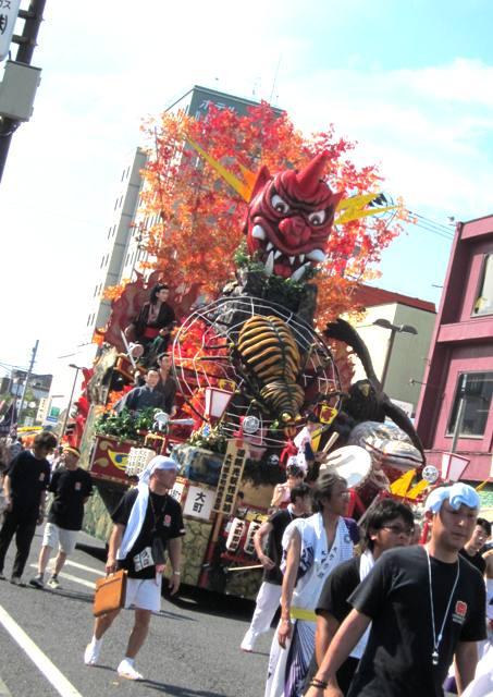 初・三沢祭り。_f0228652_2147425.jpg