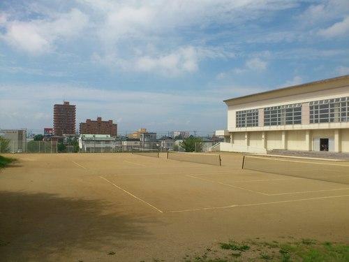 大川中学校内_b0106766_19322828.jpg