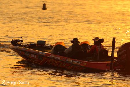 Bassmaster Elite Series #8 Oneida Lake, NY 3日目_a0097491_10154166.jpg