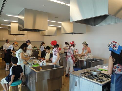 26日、横川哲也オーナーパティシエによるケーキ教室 2日目_a0242500_13191772.jpg