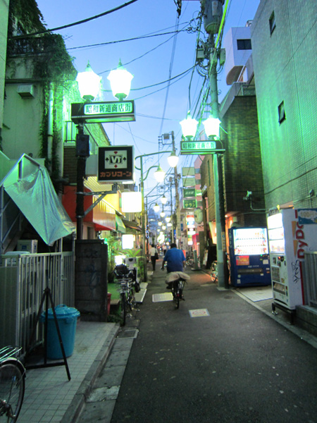中野 ときのんへの道。_c0112245_16433956.jpg