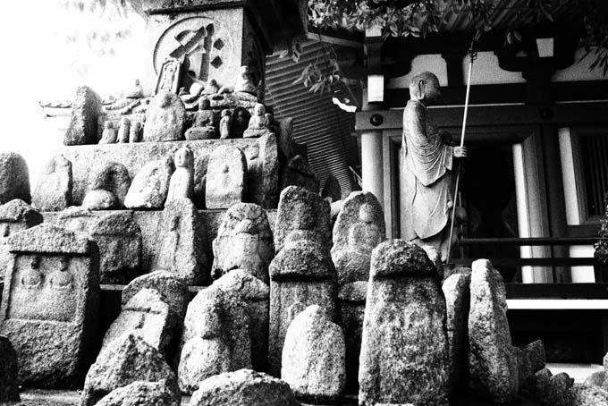 壬生寺の石仏-Ⅴ                   京都市・中京区_d0149245_21393118.jpg