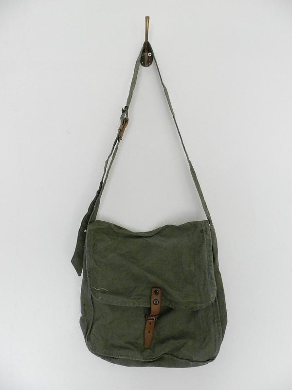 Bulgarian army M36 cotton bag_f0226051_141685.jpg