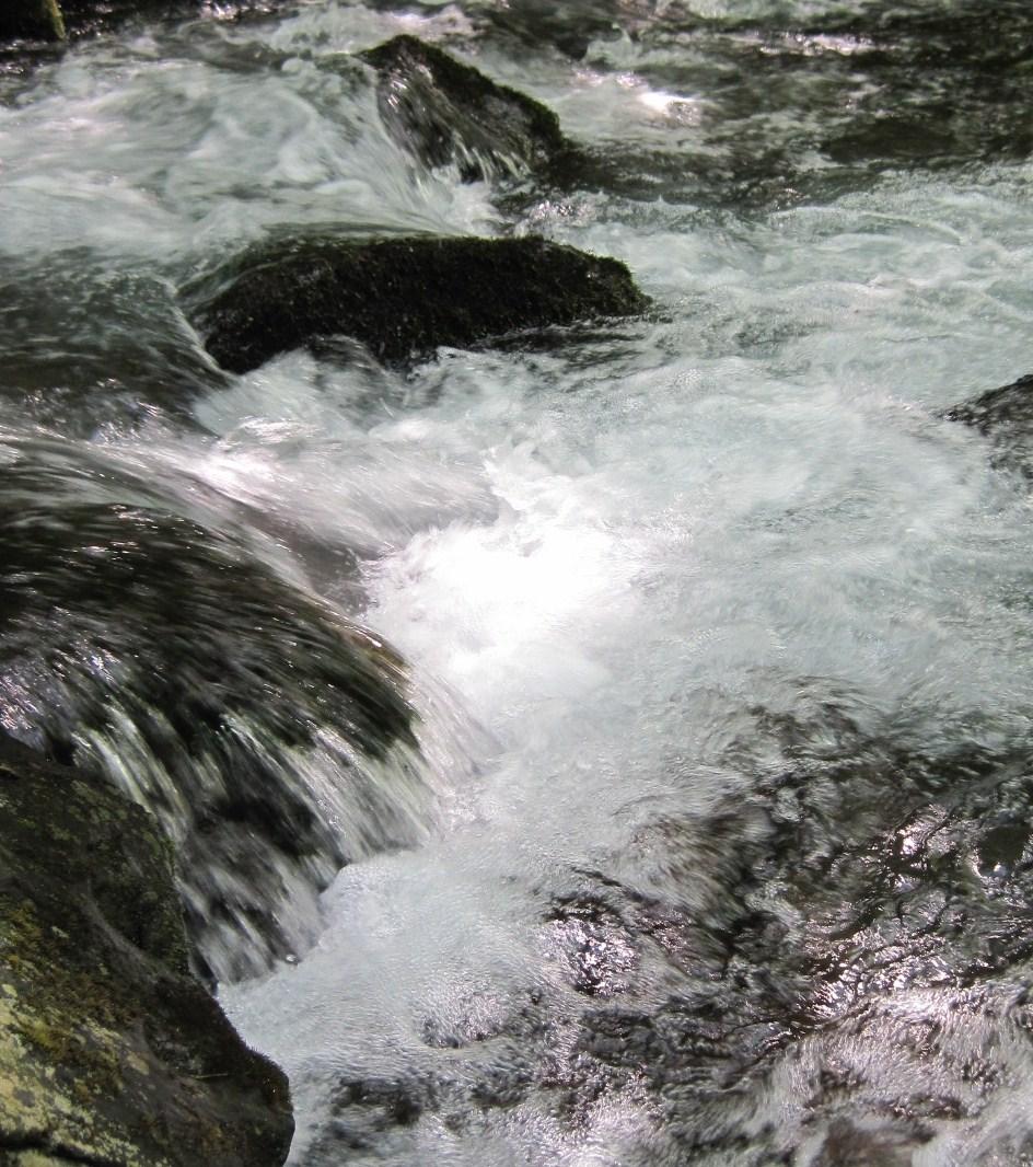 ANCIENT HOTEL ~ 竜返しの滝で涼む♪_f0236260_23344687.jpg