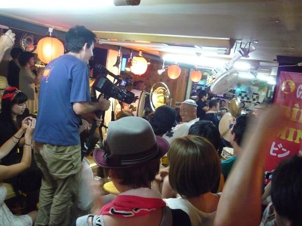 高円寺 : 熱狂の阿波おどり&ベトナム焼鳥「ビンミン」東京支店_e0152073_3103268.jpg